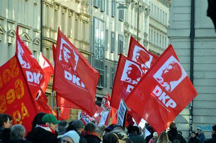 Solidarité avec le parti communiste allemand